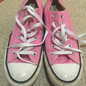 Size 9 Women's Converse